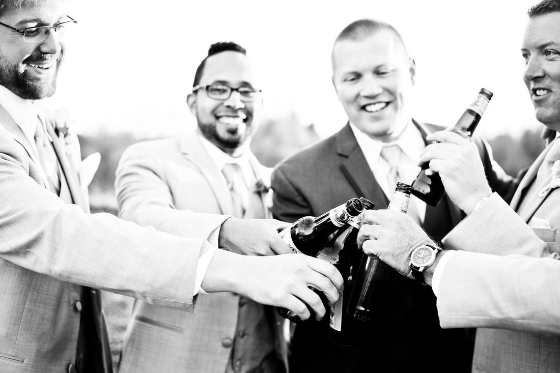 Tartan Park Lake Elmo Wedding Groomsmen Photography