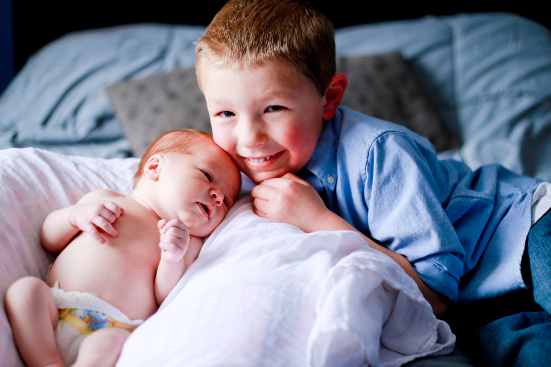 In-home newborn lifestyle session in Franklin, WI by Kelsey Jorissen Photography