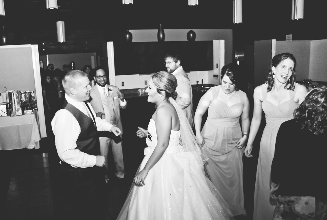Tartan Park Lake Elmo Wedding Reception Photography