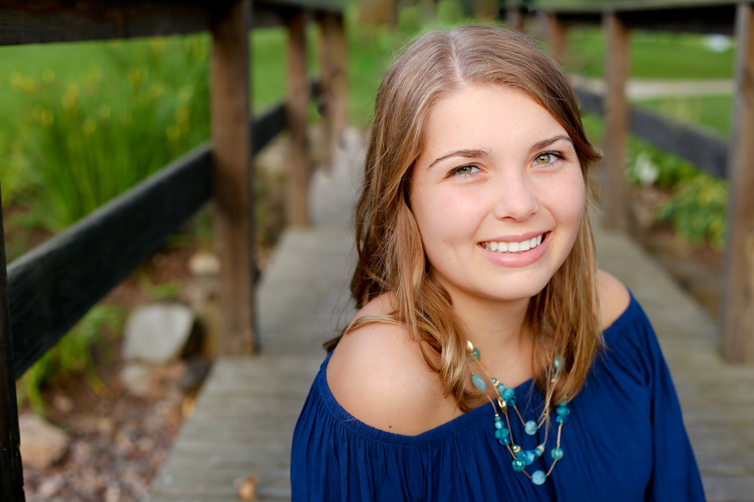 Rustic outdoor senior portrait session in Muskego, WI by Kelsey Jorissen Photography