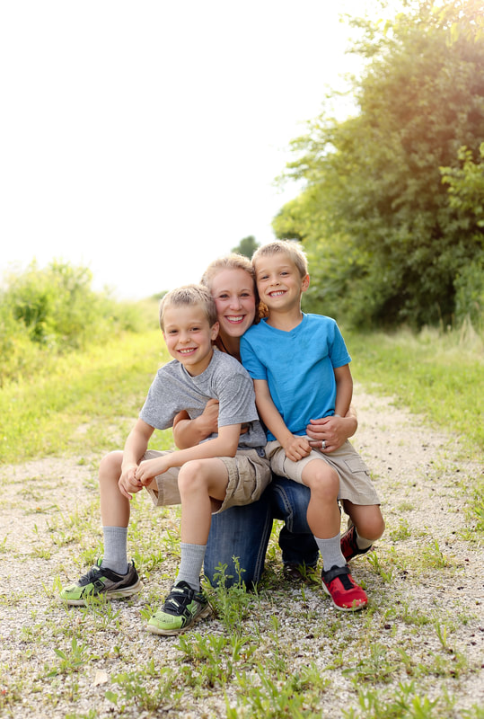 mom with her two sons portraits on the farm in Sussex, WI by Kelsey Jorissen Photography