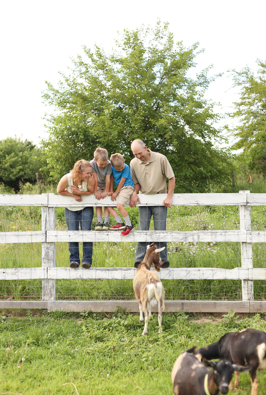 Family portraits on the farm in Sussex, WI by Kelsey Jorissen Photography