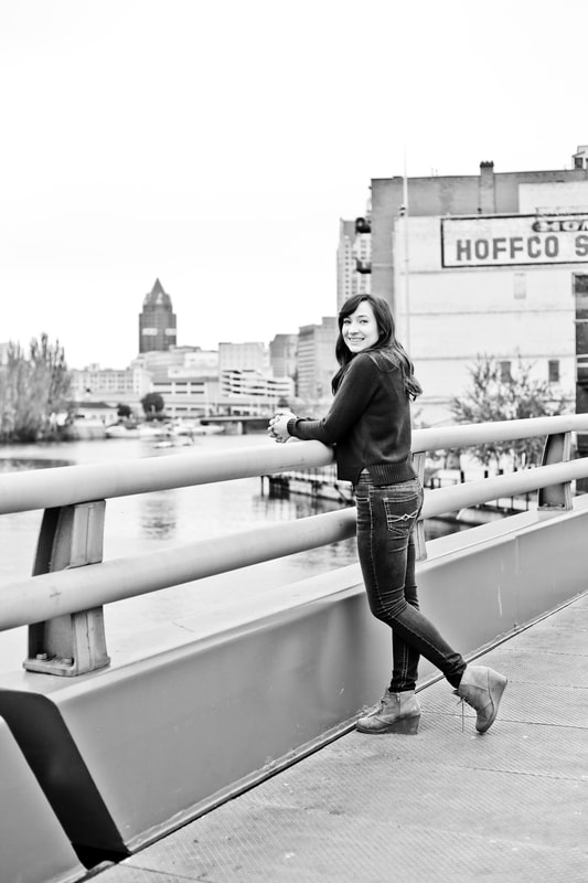 Senior portrait session in Milwaukee's Historic Third Ward by Kelsey Jorissen Photography