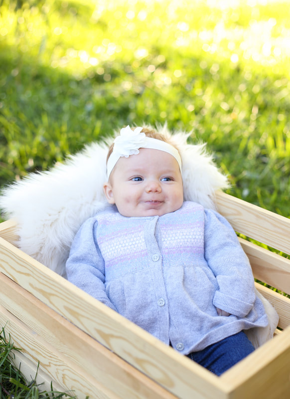 Outdoor baby portraits in Franklin, WI by Kelsey Jorissen Photography