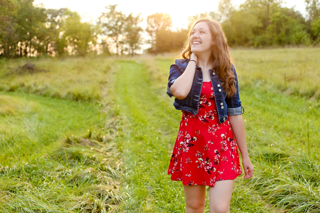 Open meadow senior portrait session Franklin Wisconsin Senior Portrait Photographer Kelsey Jorissen Photography
