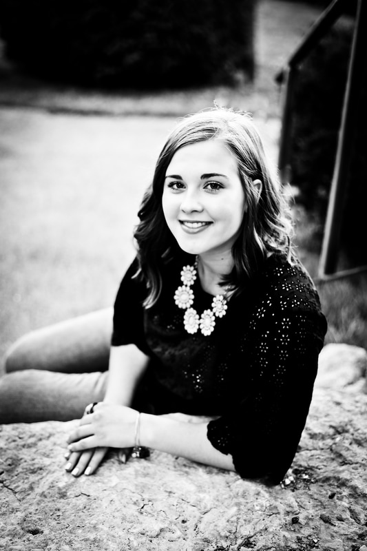 Best black and white senior portraits of 2016 in Milwaukee WI